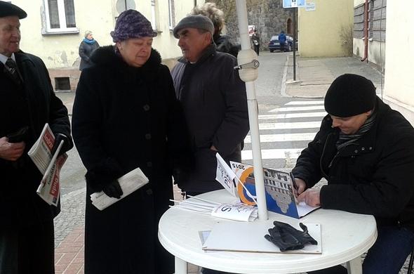 Lipiańczycy składali podpisy poparcia dla Andrzeja Dudy