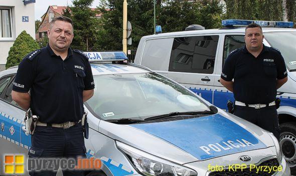Pyrzyccy policjanci pomogli w eskorcie do szpitala…