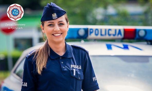 Pyrzyccy Policjanci pomagają Kai i Mai. Zdobądź unikatowy kalendarz!